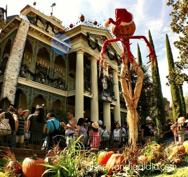 La Mansión Encantada en Disneylandia