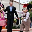 Momentos Mágicos – Bob Iger con Mickey y Minnie Mouse
