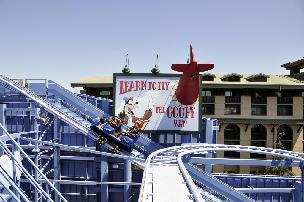 Tips para Introducir los Niños a las Montañas Rusas en Disneylandia - Disneylandiaaldia.com