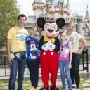 Mira quien vino a Disneylandia~ Jared Borgetti