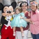Mira quien vino a Disneylandia~ Angélica Vale