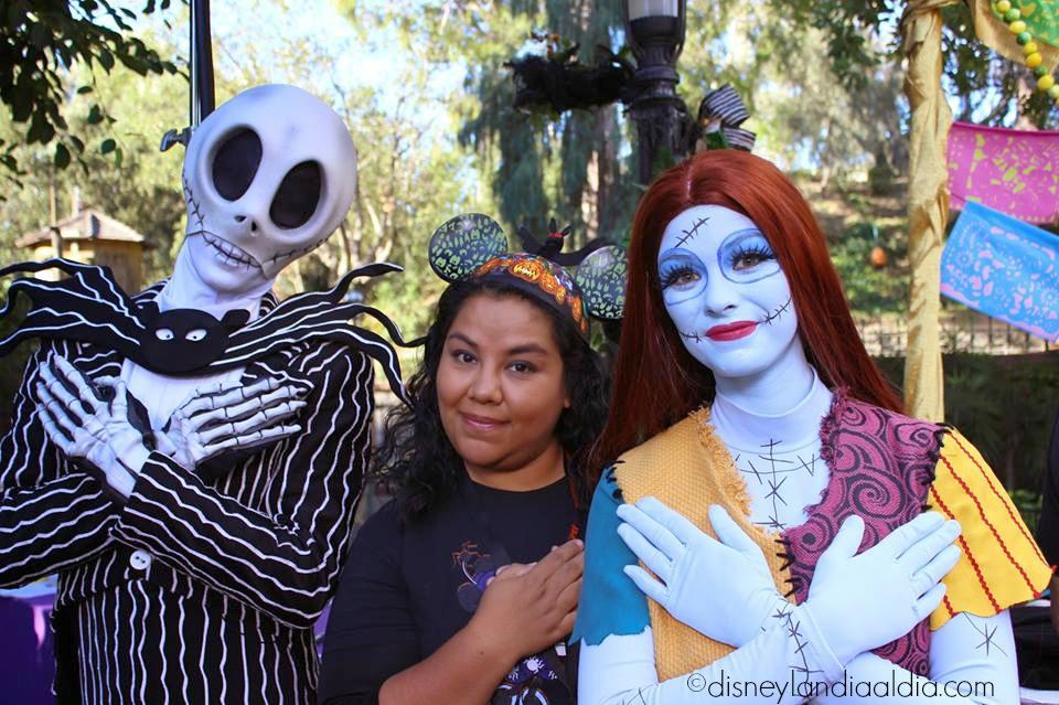 Jack y Sally Skellington en Disneylandia
