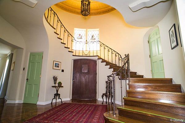 Foyer de la casa de Walt Disney en Los Angeles