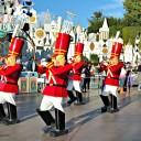 El Desfile de Navidad en Disneylandia