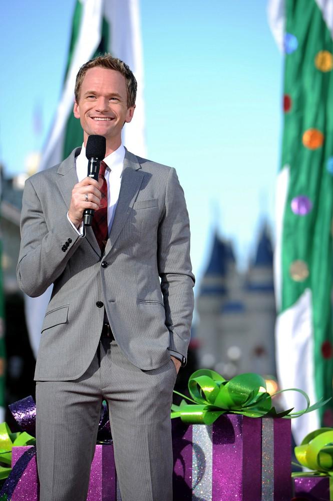 Neil Patrick Harris se une a Mickey Mouse como presentador del espectáculo 'World of Color' para el Aniversario de Disneylandia