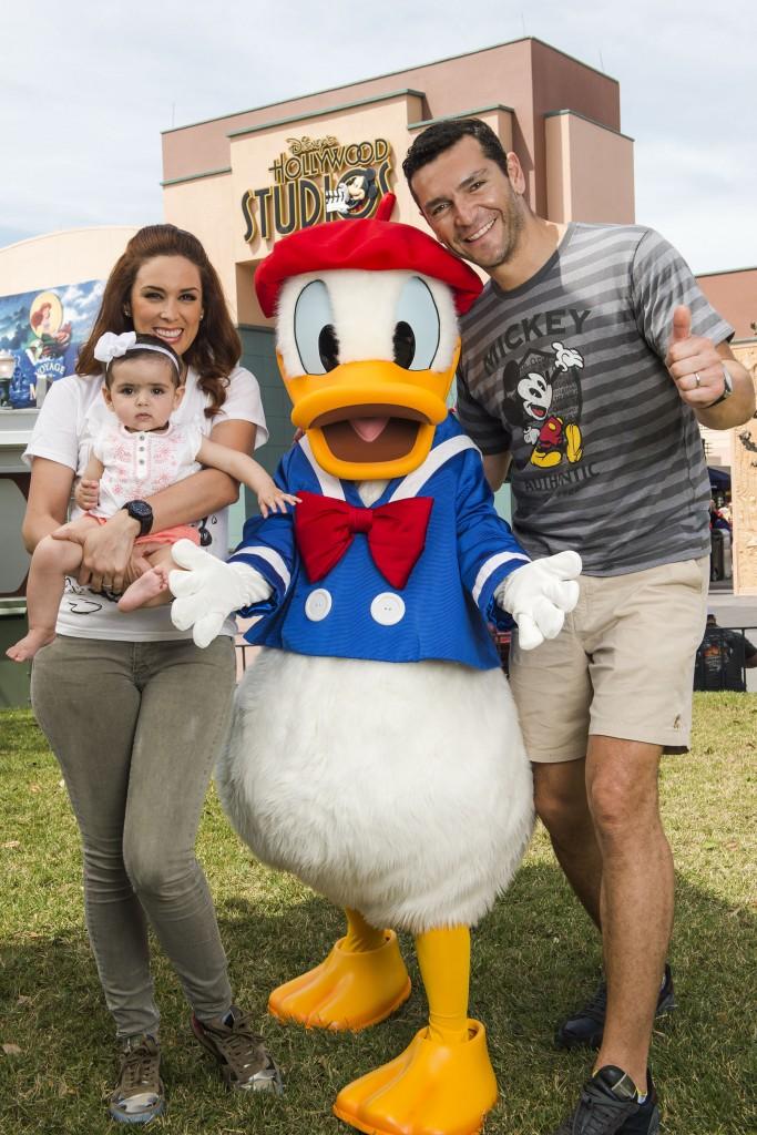 Jacky Bracamontes en Walt Disney World.