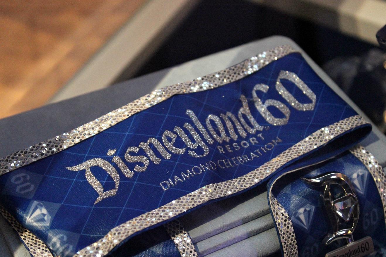 Aniversario Mágico: Un Vistazo de la Mercancía del 60 Aniversario de Disneylandia