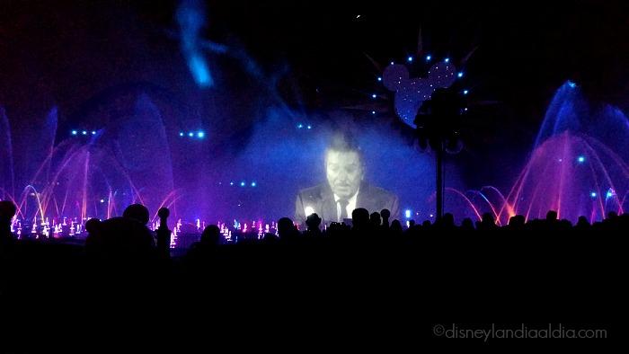 World of Color - Celebrate! Walt Disney  - old.disneylandiaaldia.com