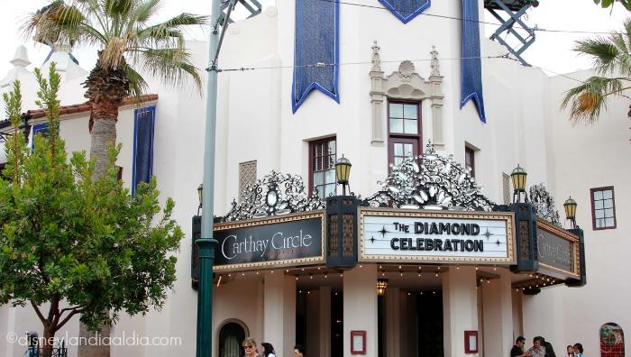 Restaurant Carhay Circle vestido con diamantes para la celebración del aniversario de Disneylandia