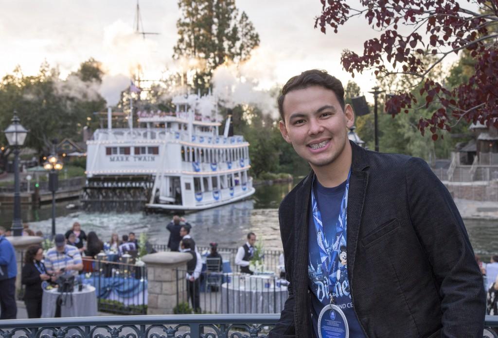 El Yaki en Disneylandia