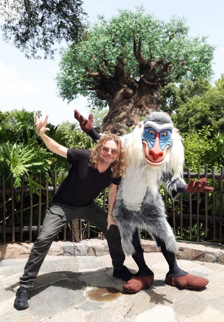 Fher Olvera en Walt Disney World
