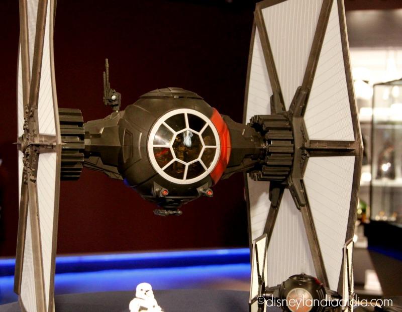 nave espacial de star wars - disneylandiaaldia.com