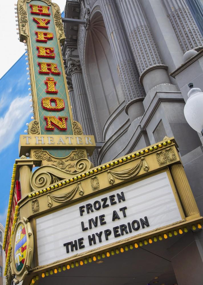 Frozen Live at the Hyperion - disneylandiaaldia.com