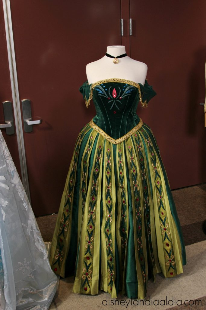 Vestido de Anna en Frozen-Live at the Hyperion