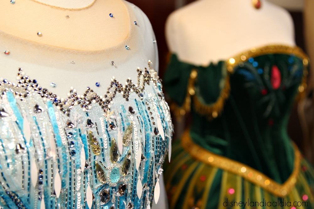 Vestidos de Anna y Elsa en Frozen- Live at the Hyperion