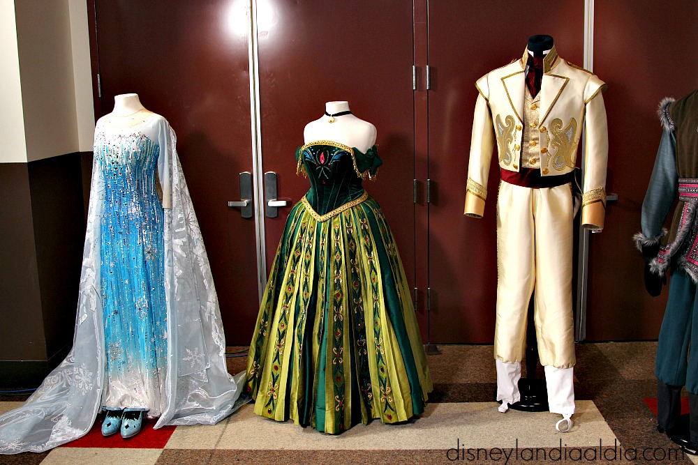 Vestuario de Else, Anna y Hans en Frozen- Live at the Hyperion