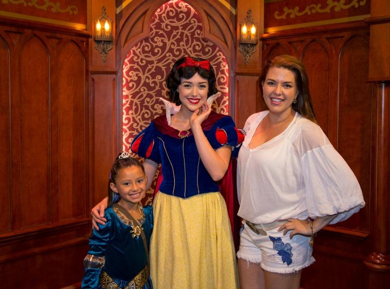 Alicia Machado en Disneylandia