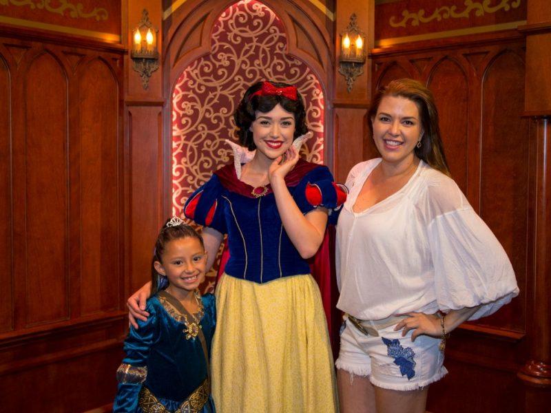 Alicia Machado y Hija en Disneylandia