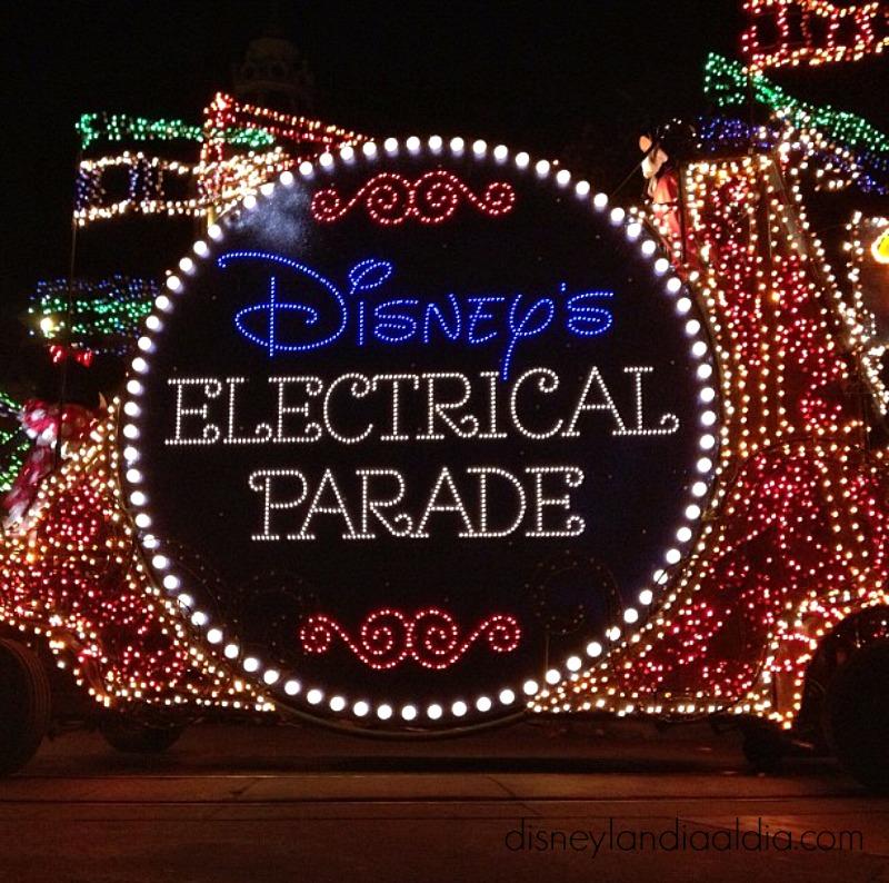 Main Street Electrical Parade regresa a Disneylandia por tiempo limitado - www.disneylandiaaldia.com