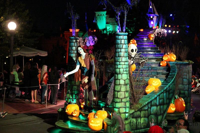 Jack y Sally desfile de Halloween disneylandia