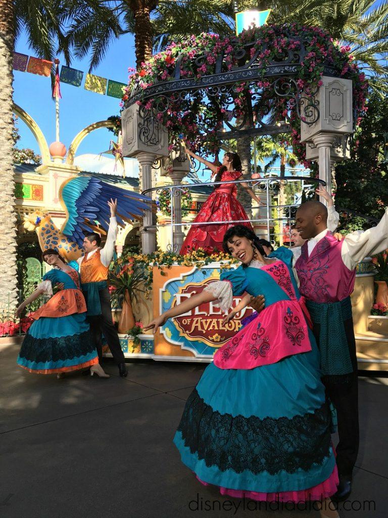 Visita a la Princesa Elena de Avalor en Disneylanda