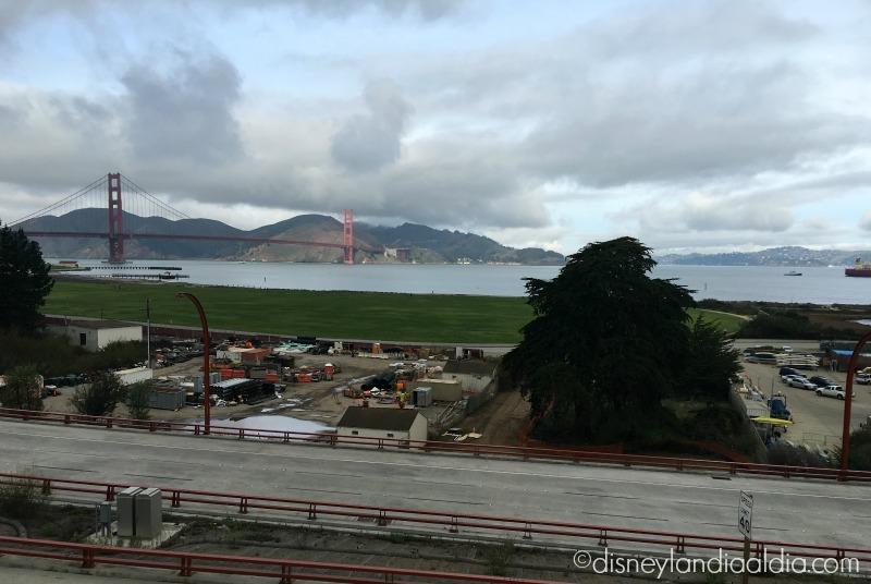 El Golden Gate Bridge visto desde The Disney Family Museum en San Francisco - disneylandiaaldia.com
