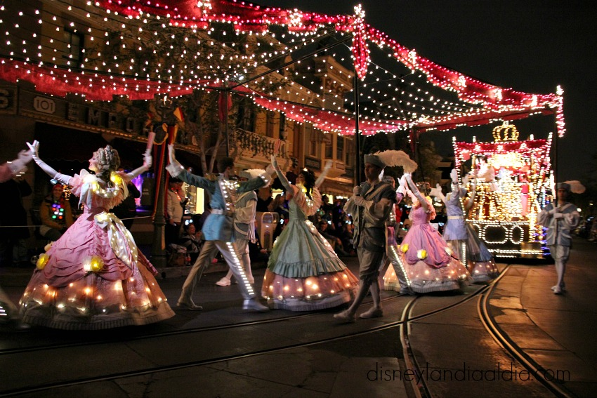 Disneylandia Main Street Electrical Parade baile