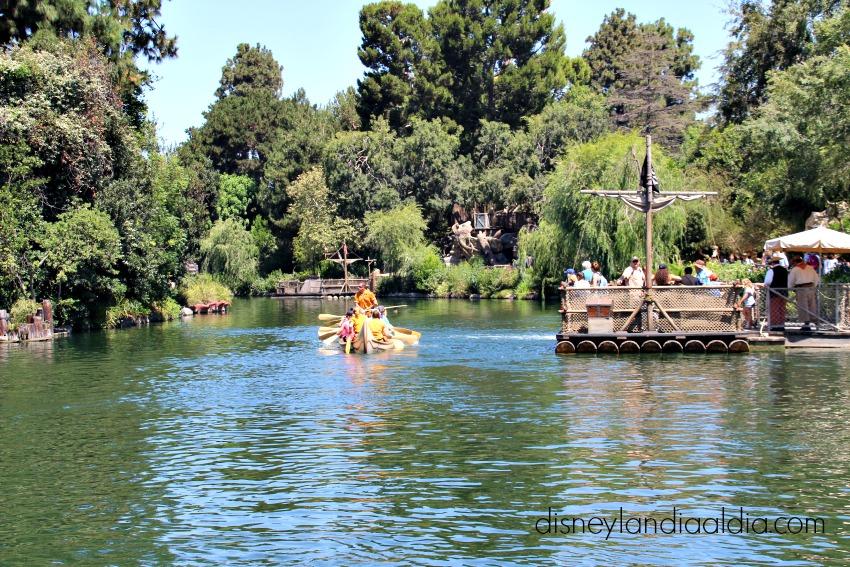Davy Crockett's Explorer Canoes en Disneylandia