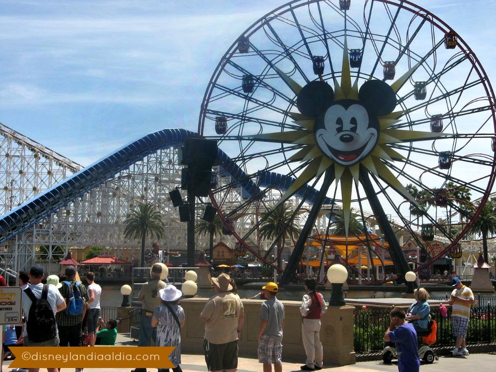 Paradise Pier Disneylandiaaldia