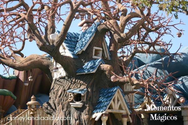 Casa del árbol de Chip y Dale