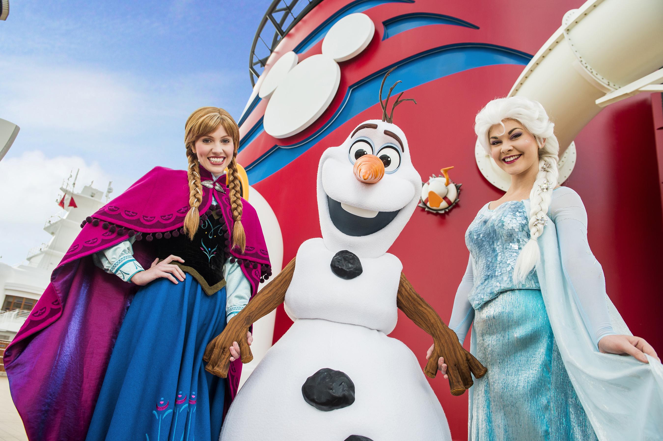 Land of Frozen en los Cruceros de Disney - Anna, Elsa and Olaf