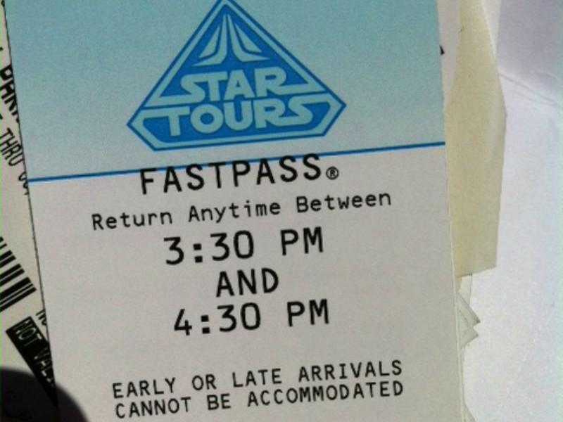 Fastpass para Star Tours - disneylandiaaldia.com