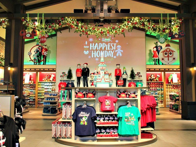 De Compras para Navidad en World of Disney en Disneylandia