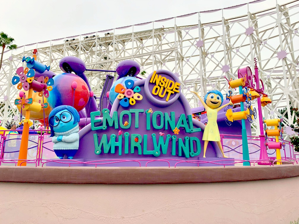 Celebra la Imaginación con Inside Out Emotional Whirlwind