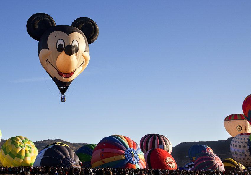 Donde ver el Globo Gigante del Maestro Yoda y Mickey Mouse en México